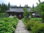 Buddyjska świątynia Antaiji wiosną.