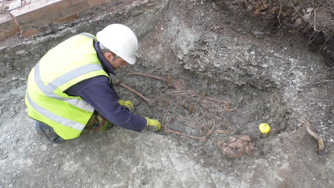 Rare discovery of Late Roman official buried in Leicester