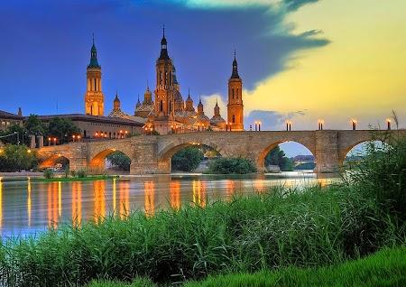 Zaragoza - Bazilica Sf. Maria.jpg