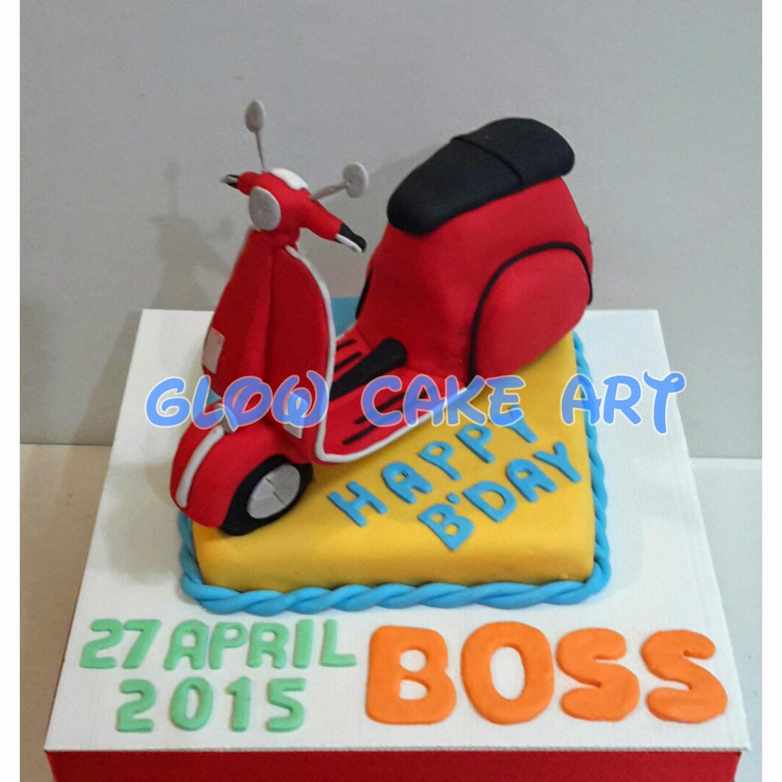 Mommy Cake and Cookies GLOW CAKE ART Vespa Cake