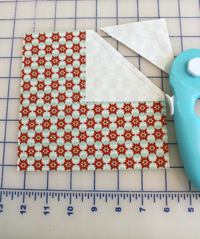 Christmas pillow tutorial 12