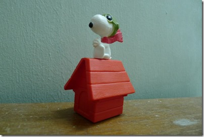 McDonald's happy meal X The Peanuts Movie 2015 toys: Flying Ace Snoopy