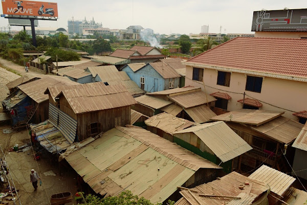 трущебы лачуги пномпень камбожда