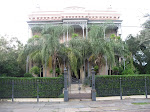 Our walking tour thru the Garden District in New Orleans 07222012-27