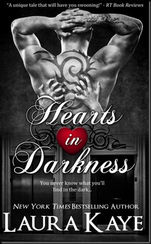 hearts in darkness laura kaye