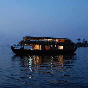 Classic 1 Night Kerala Houseboat Cruise