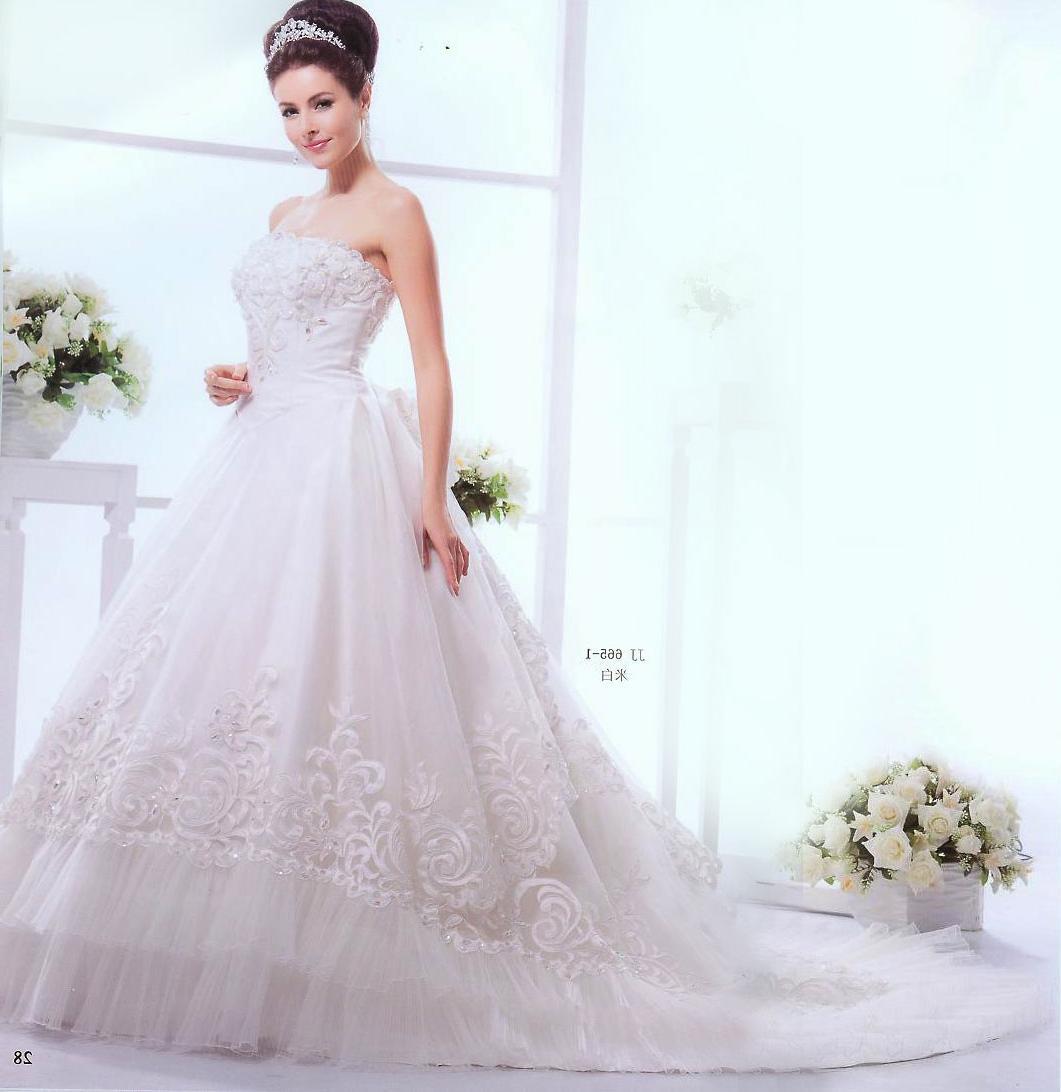 Stunning Ivory Classic Wedding Dresses