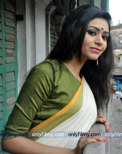 ritabhari chakraborty in saree