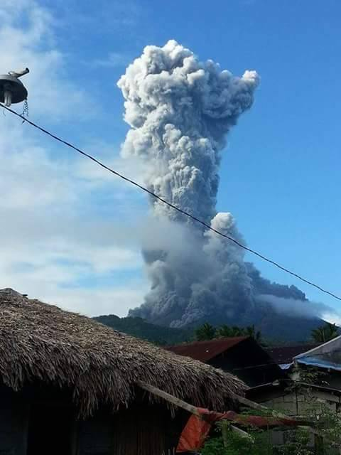 Image of Mt. Bulusan Active Pyroclastic Flow