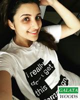 Bollywood Actress Selfie Images Photos Pics Wallpapers