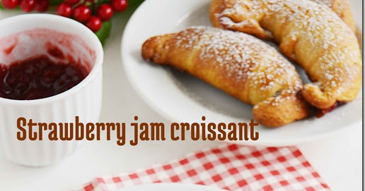 Strawberry jam croissants / Jam filled Croissants | 7aum Suvai