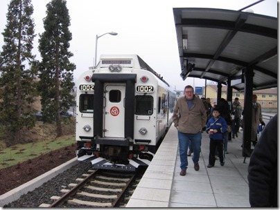 IMG_5385 TriMet Westside Express Service DMU #1002 at the Beaverton Transit Center in Beaverton, Oregon on January 30, 2009