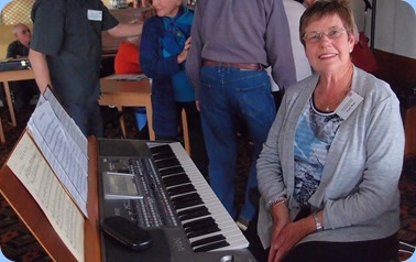 Pam Rea preparing to play her Korg Pa900 for us. Photo courtesy of Dennis Lyons.