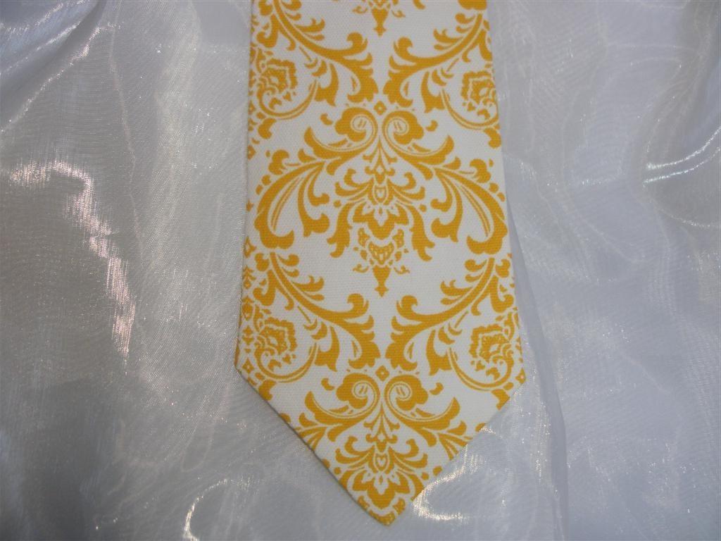 Yellow on white damask pattern