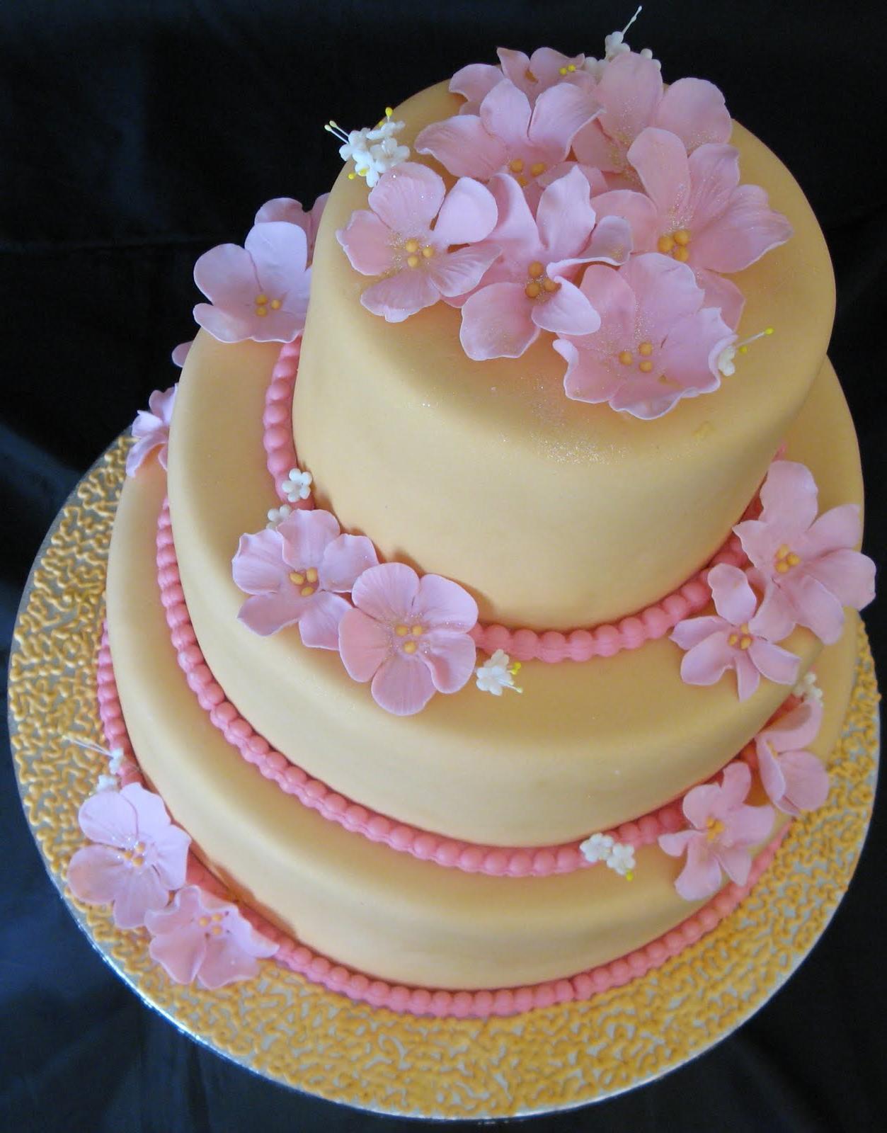 beaded lace wedding cake