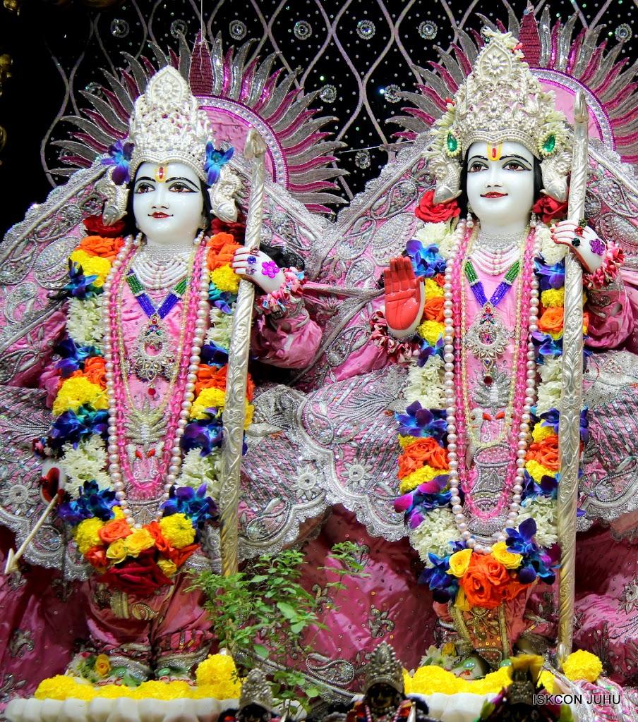 ISKCON Juhu Sringar Deity Darshan 20 Jan 16 (29)