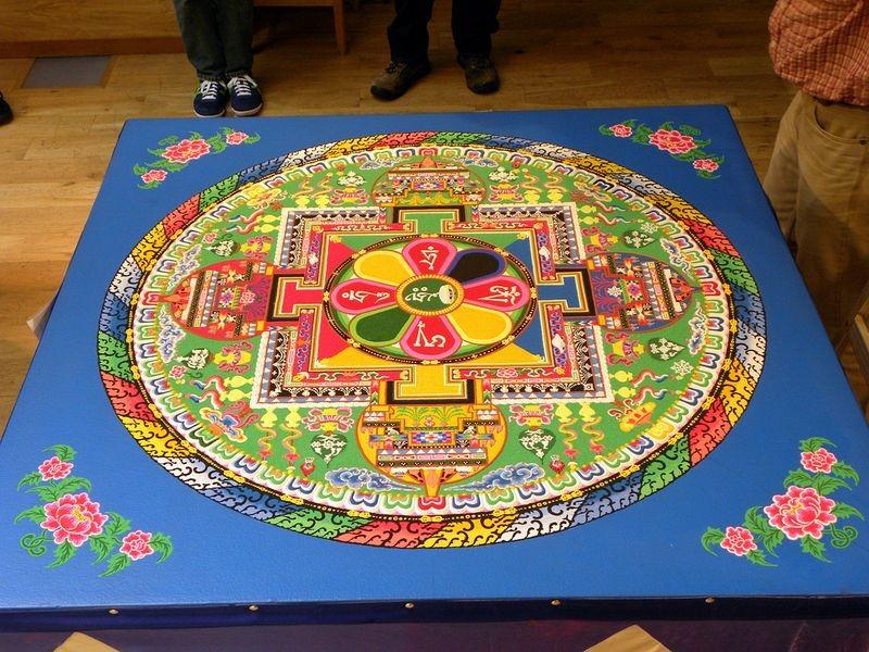 tibetan-sand-mandala-10