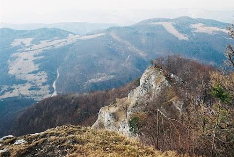 Na Folkmarskej skale, nad Kojšovom.