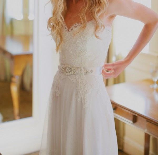 [Gorgeous-Lace-Chiffon-Wedding-Dress-With-Beaded-Belt-Embellishment%255B10%255D.jpg]
