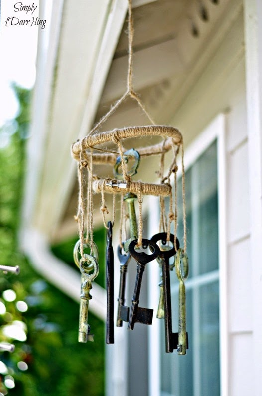 upcycle-skeleton-key-windchimes-725x1095