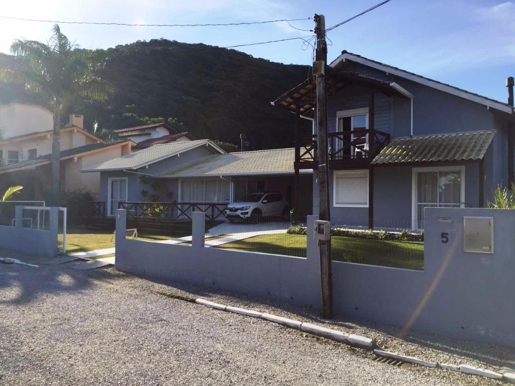 Metta Imobiliária - Casa 5 Dorm, Sambaqui (CA0493) - Foto 14