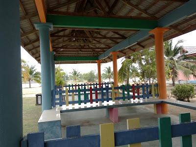 Mandi Manda di Marina Water Park, Lumut