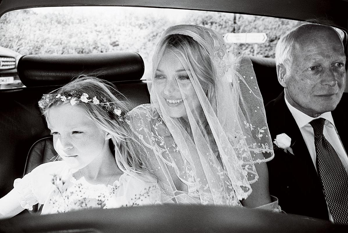 Kate Moss showed intimate photos of her wedding