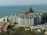 two bedroom for sale or rent at wongamat beach     to rent in Naklua Pattaya