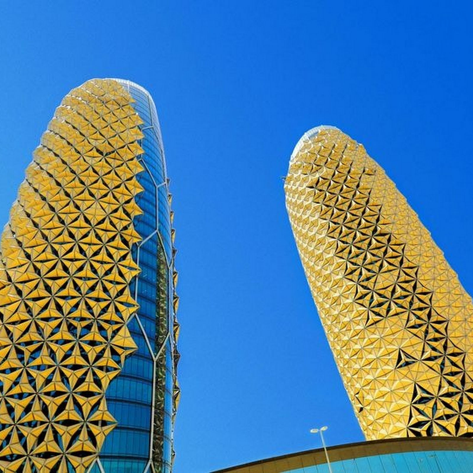 Al Bahar Towers' Responsive Sun Shades