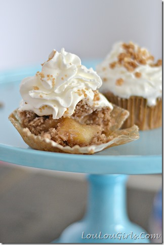 Dutch-Apple-Pie-Cupcakes