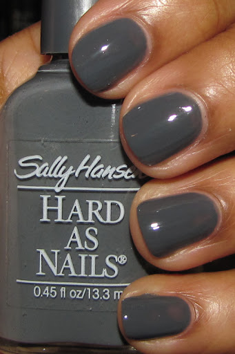 Sally Hansen Tailored Creme