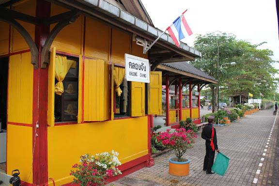 vlakem po Thajsku