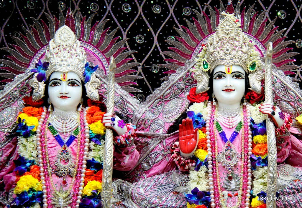 ISKCON Juhu Sringar Deity Darshan 20 Jan 16 (36)