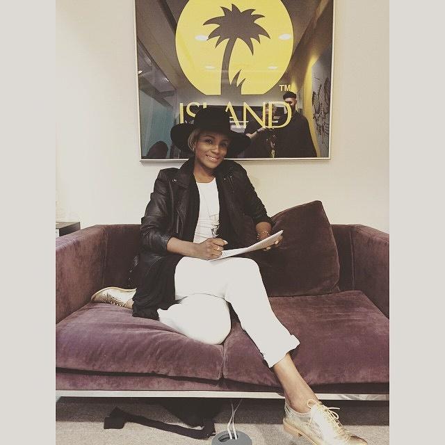 Seyi Shay Signed To Island Record!