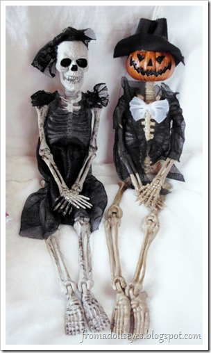 Halloween Skeleton Dolls