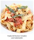 Pasta mit frischen Tomaten und Salbeibutter