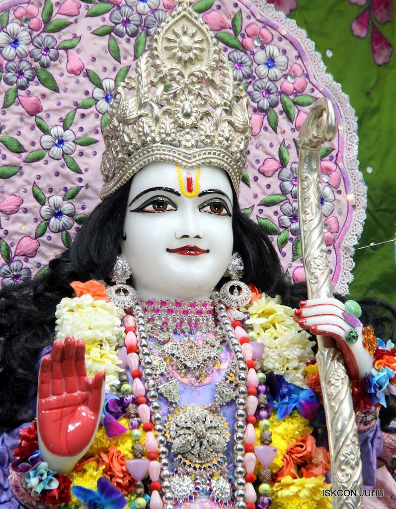 ISKCON Juhu Sringar Deity Darshan 11 Feb 16 (37)