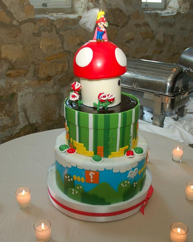 Super Mario wedding-cake