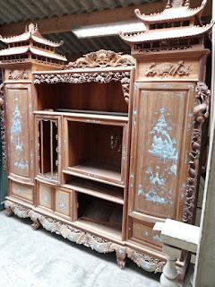Антикварный шкаф в восточном стиле. ок.1900 г. Дерево, резьба, инкрустация, кость, перламутр.