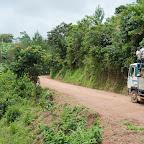 Lastwagen auf einer Bergstraße im Süden Ugandas © Foto: Marco Penzel | Outback Africa
