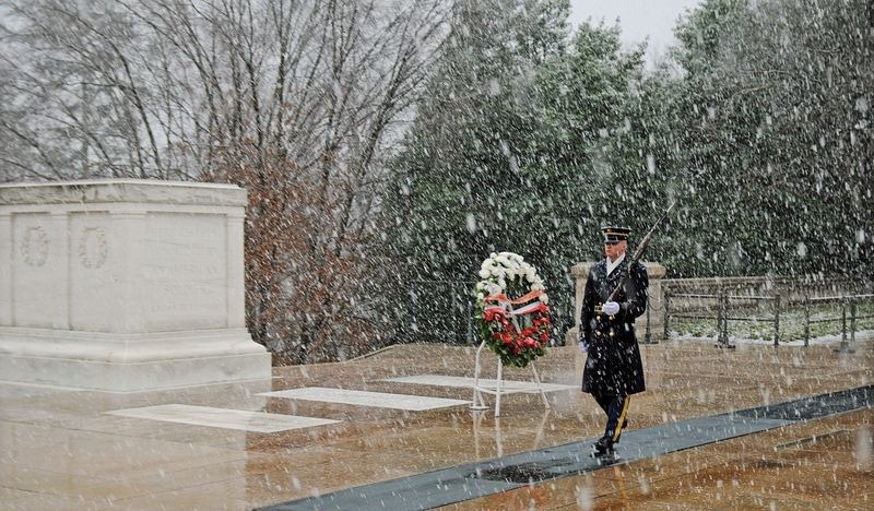 tomb-of-unknown-soldier-usa-2