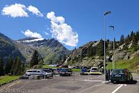 Vom Ort Göschenen hoch zum Göscheneralpsee. Der höchste anfahrbare Punkt beim Parkplatz ist erreicht.