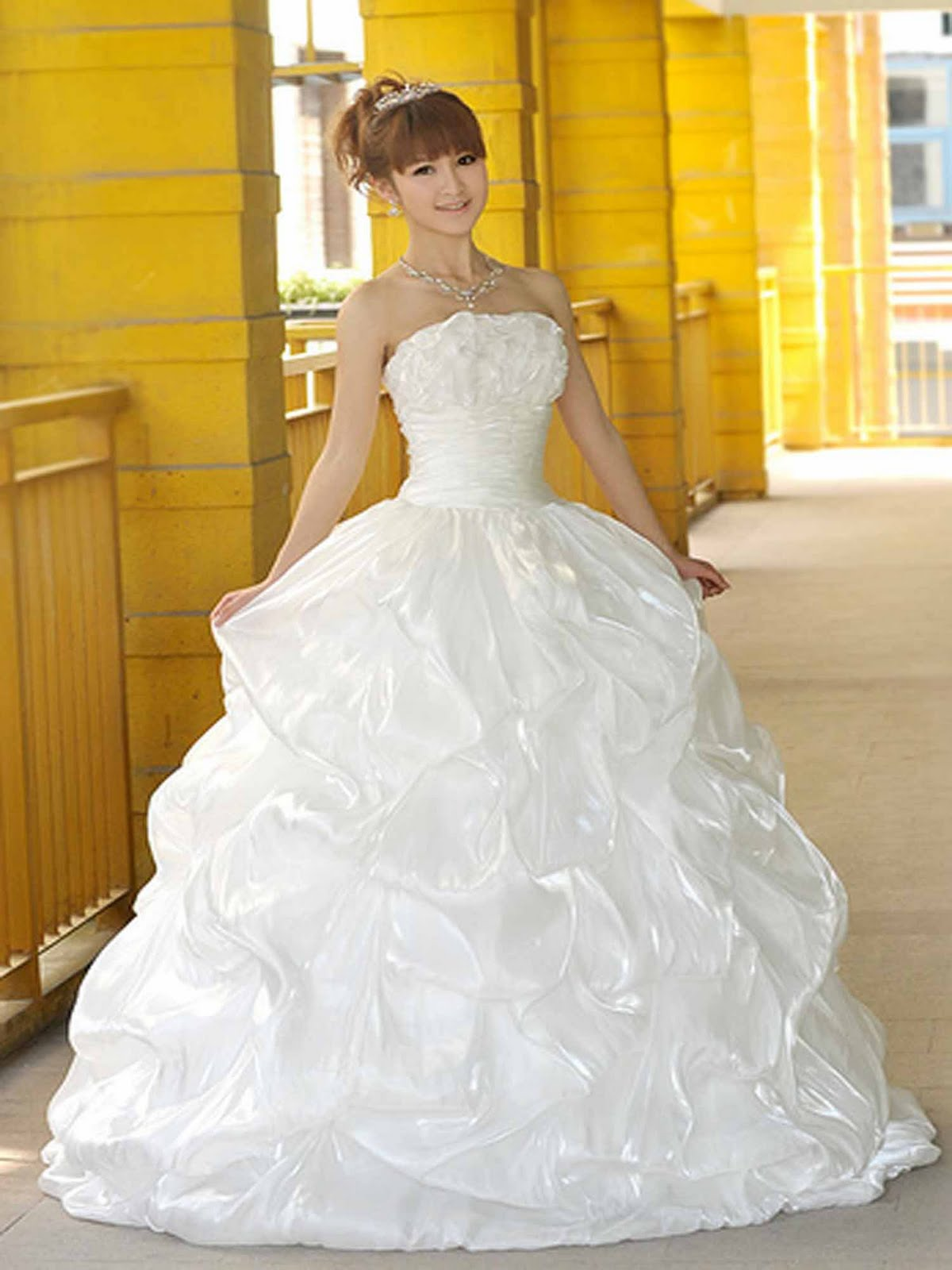 beautiful wedding dresses