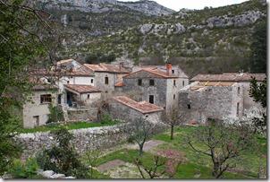 Des jardins, des vergers dans le village.