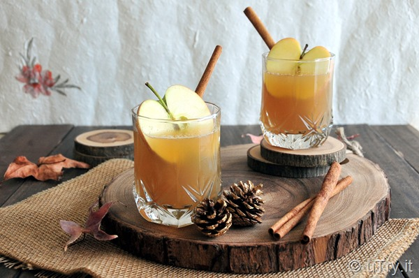 Come check out how to make this Apple Harvest Cocktail.  An easy and delightful cocktail that's perfect for Fall.  http://uTry.it