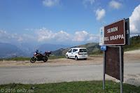 Im Kurvenrausch auf den Seren del Grappa und weiter auf den Monte Grappa (1745m).