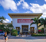 Retail market booming in Palm Beach County