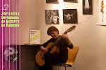 Muy buen nivel, buen trabajo, tiene un futuro espléndido. Preparándose para el 2º Concurso Internacional de Guitarra Alhambra para Jóvenes