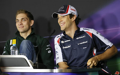 Виталий Петров и Бруно Сенна на пресс-конференции в четверг на Гран-при Китая 2012