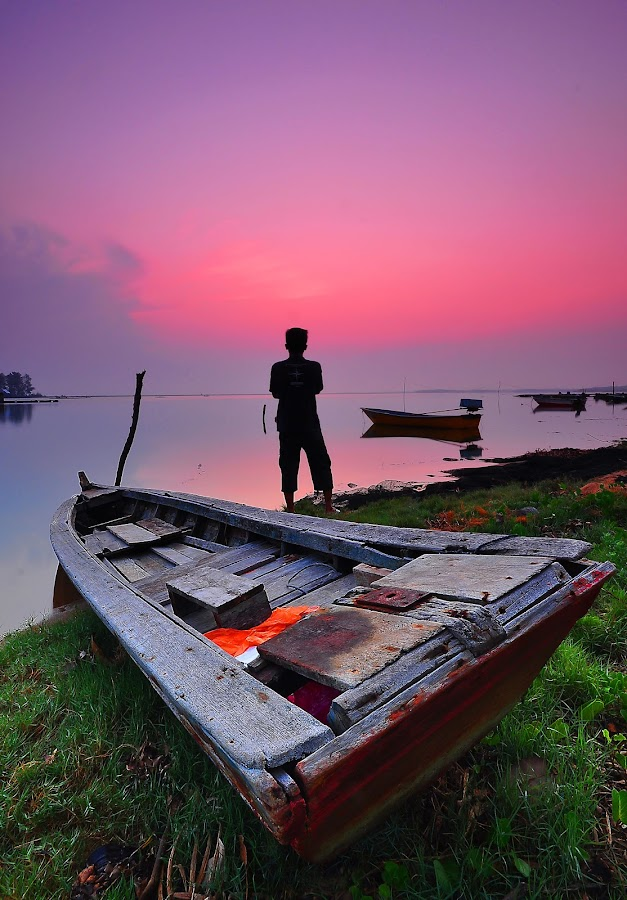Waiting by Razali Ahmad - Transportation Boats